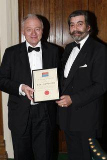 Ken_Livingstone_award2